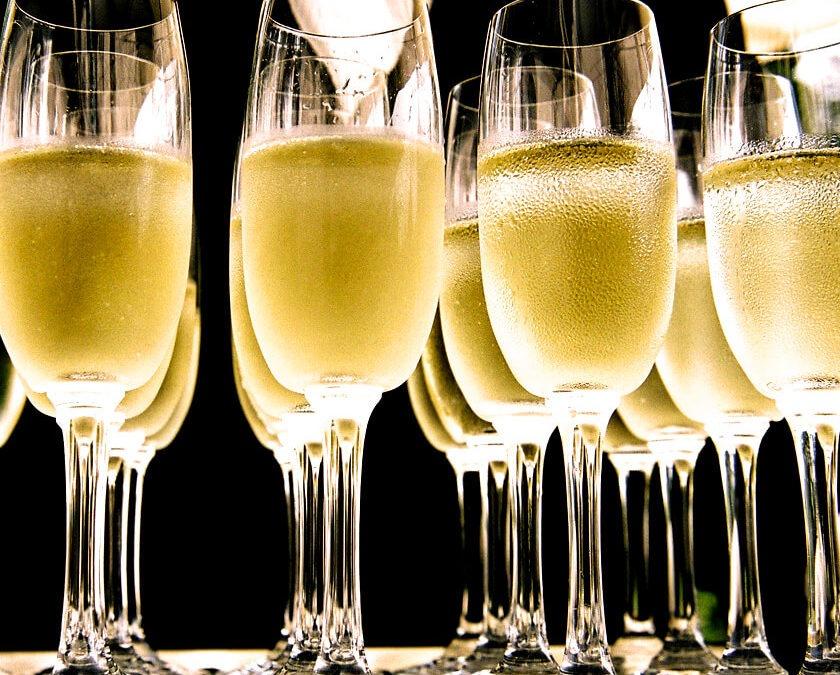 Comment choisir le champagne idéal pour son mariage ?