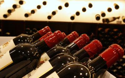 Quelle est la durée idéale de garde des vins rouges français ?